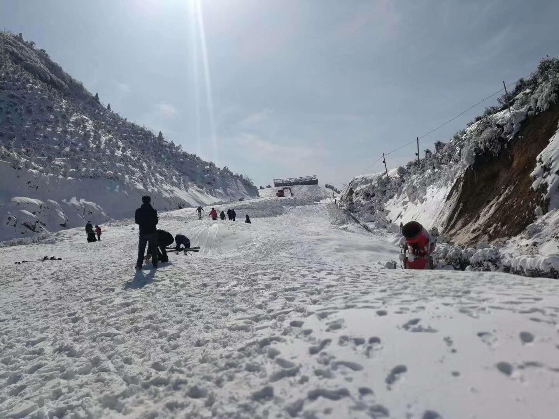 千丈岩滑雪场